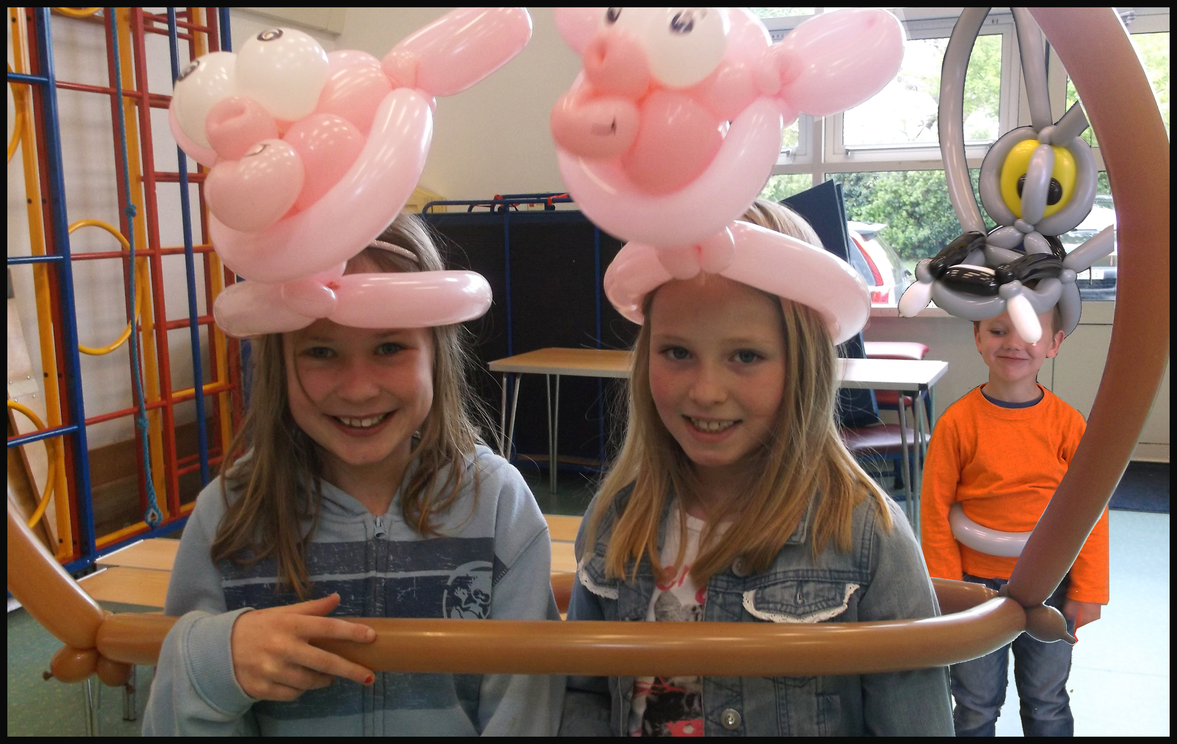 school-balloon-2-little-pigs